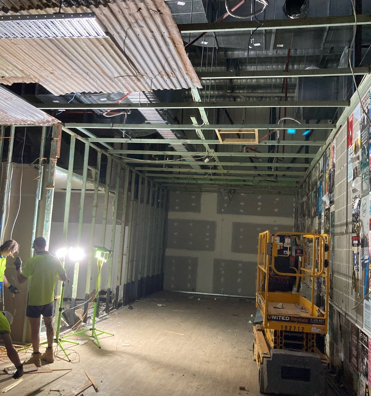 F&B Demolition and Defit Works – Lakeside Joondalup
